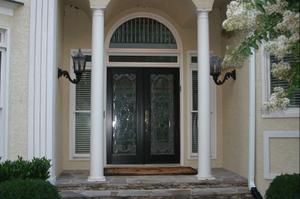 Img_8809_front_door_1